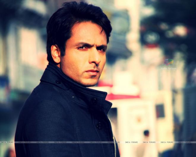 Iqbal Khan Net Worth